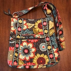 NWOT Vera Bradley Hipster in Flower Shower